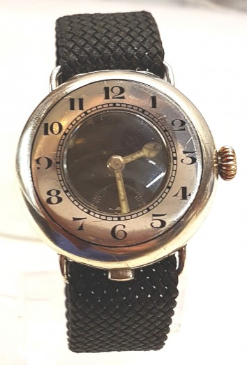 TRENCH SILVER HALF HUNTER MILITARY WRIST WATCH  CIRCA 1917