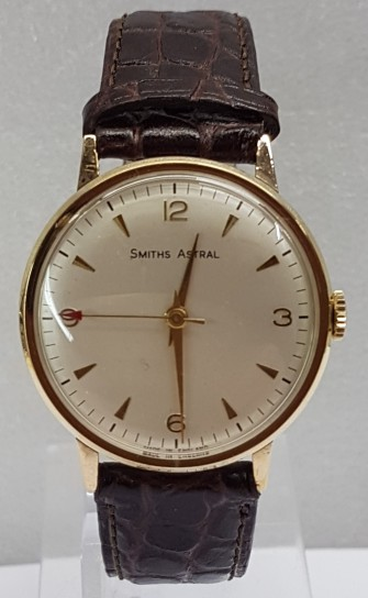 Smiths Astral  9ct gold dress watch manual wind circa 1960